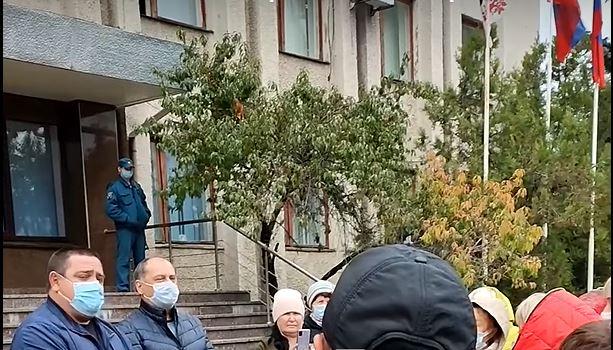 Оккупированные Ровеньки месяц отрезаны от водоснабжения